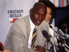 Michael Jordan retire